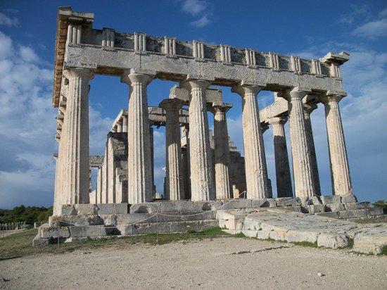 Vagia Hotel: temple of afaia