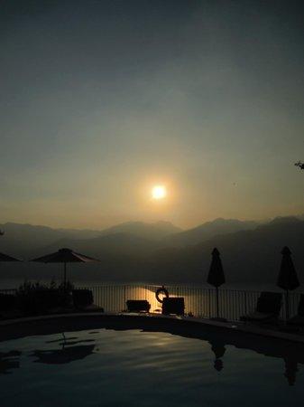 Park Hotel Querceto: vista dalla piscina