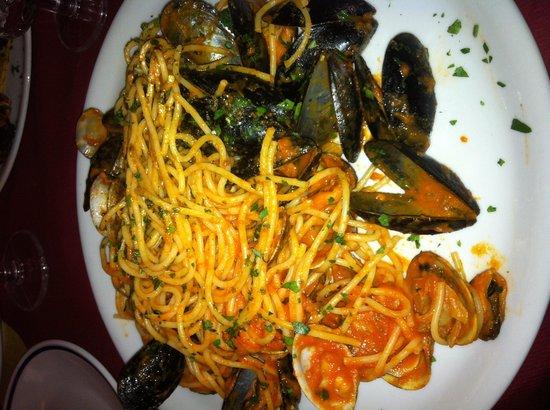 Trattoria da Rino : Spaghetti con frutti di mare