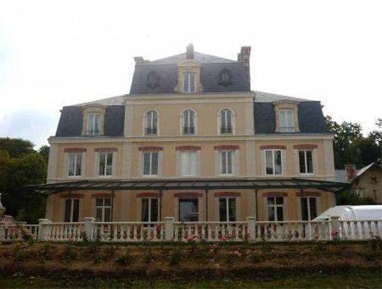 Le Château des Arches : vue exterieure