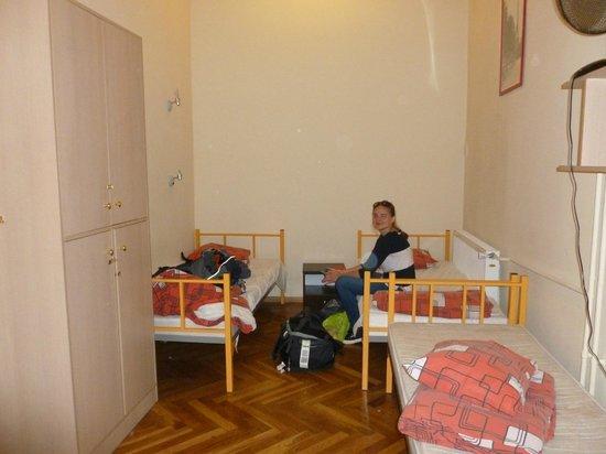 City Hostel: 5 bed dorm