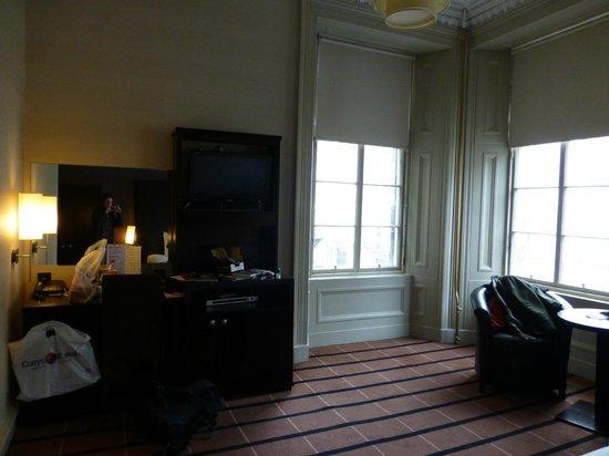 BEST WESTERN Glasgow City Hotel: Nice desk area
