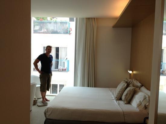 Alenti Sitges Hotel & Restaurant 사진