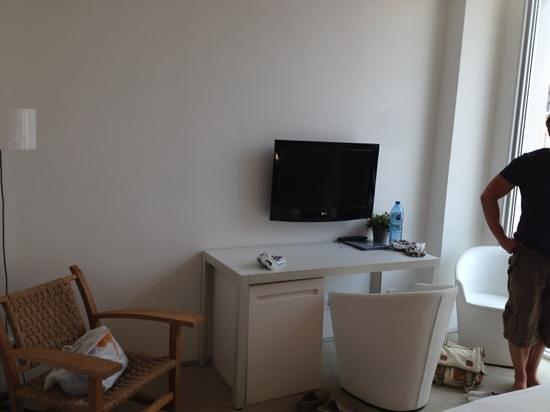 Alenti Sitges Hotel & Restaurant : bedroom