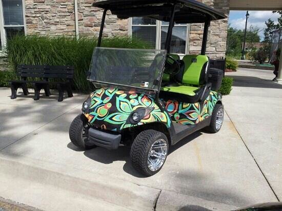 Thundering Waters Golf Club: John Daly styled carts