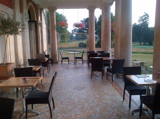Garrigae Manoir de Beauvoir : terrasse ou prendre le repas