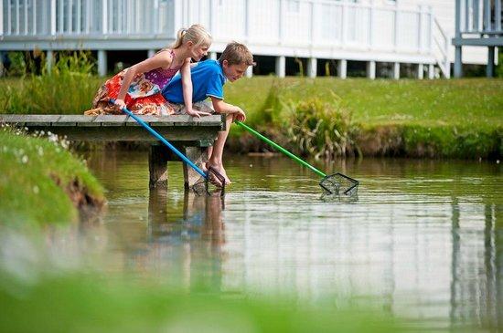 Thorpe Park Holiday Park - Haven: Fishing lajke at Thorpe Park Holiday Centre