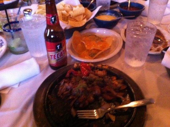 Joe T Garcia's Mexican Restaurant: Tex-Mex flavors