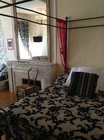Hotel de la Paix: le lit 2 places