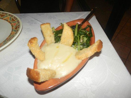 La Terrazza : Cicoria più crema di fave