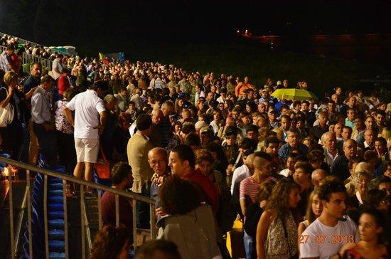 Il Grande Spettacolo dell'Acqua: la folla