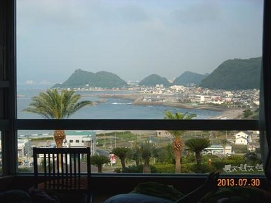Kamogawa Hills Resort Hotel: 3階の部屋から眺望