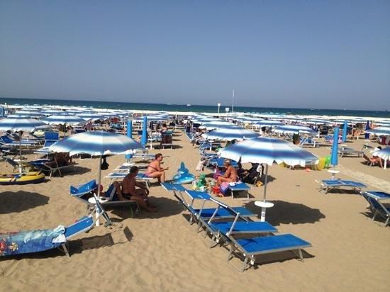Riccione, Italia: la ns. spiaggia....