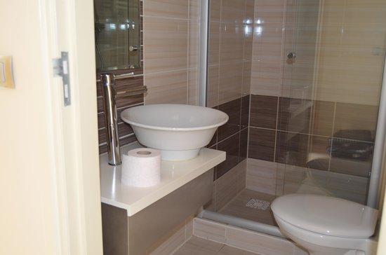 Badkamer En Toilet : Badkamer en toilet foto van hotel port rotterdam tripadvisor
