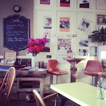 Edins Deli Cafe: Edin's deli cafe