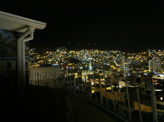 Hostal Sol Andino: the view from the rooftop at night