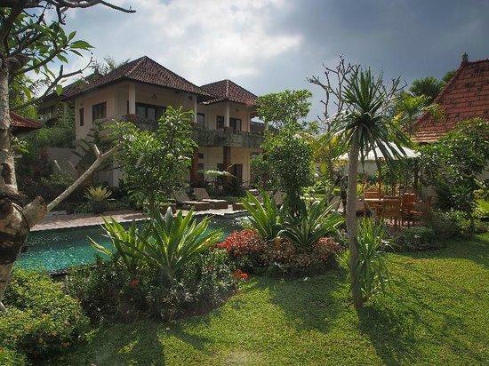 Inata Bisma Resort & Spa Ubud: gardens