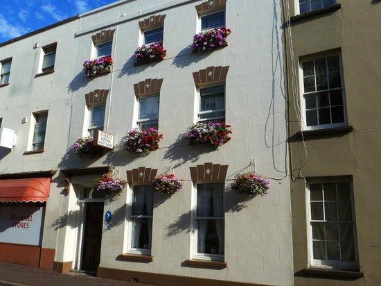 Surrey Lodge Guest House: L'hôtel