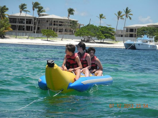 Dreams Palm Beach Punta Cana: banana boat ride