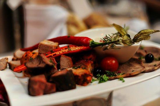 Ararat eastern european restaurant liepu g 48a in for Ararat armenian cuisine