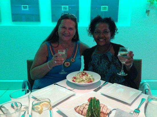 Niles Bar & Restaurant: Birthday Celebration!