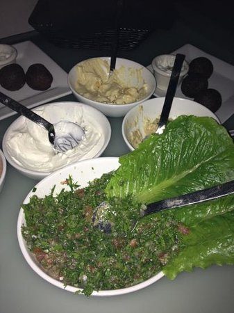 Naya Mezze & Grill: mezze