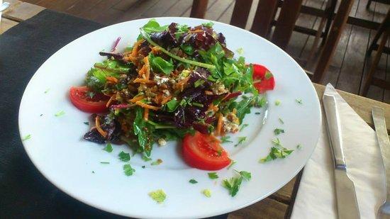La Mesa Restaurant: la masa salad