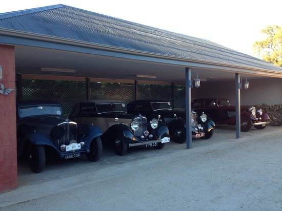 Albertines Beechworth: The Bentleys