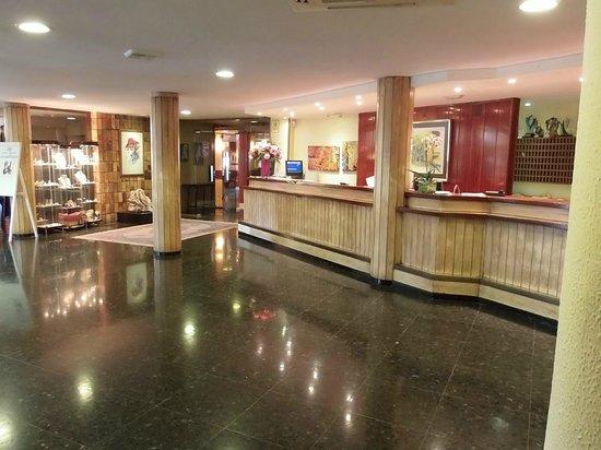 Hotel Aromar : réception de l'hotel