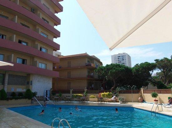 Hotel Aromar : piscine