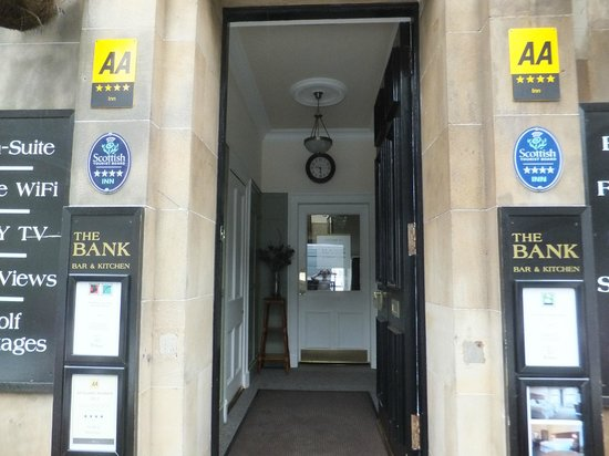 The Bank - Anstruther: Accommodation entrance