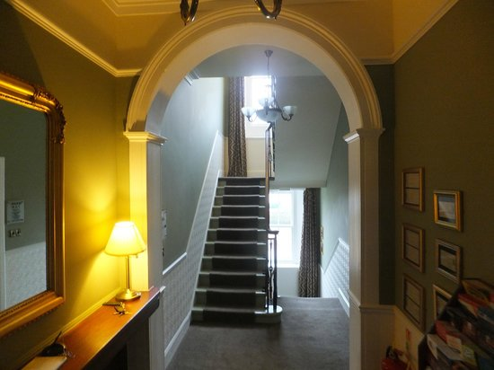 The Bank - Anstruther: Lobby to rooms