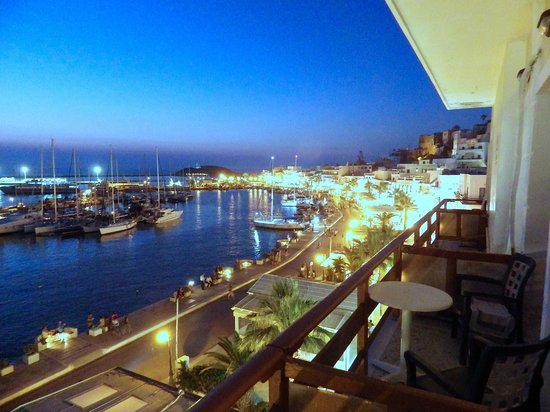 Hotel Coronis: harbour view 2