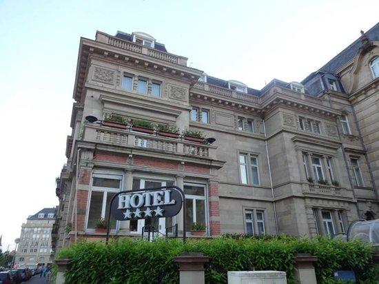 Régent Contades : Fachada do Hotel Le Regent Contades
