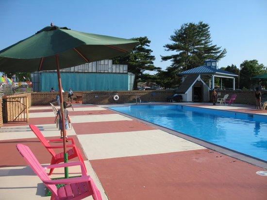 River Edge Inn Pool Area
