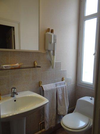 Hotel Vendome: banheiro