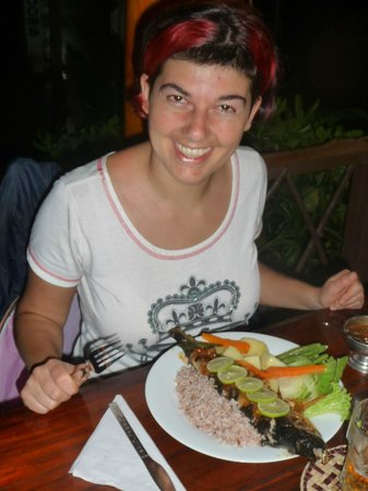 Dilena Beach Inn Sea Food Restaurant: im happy !!