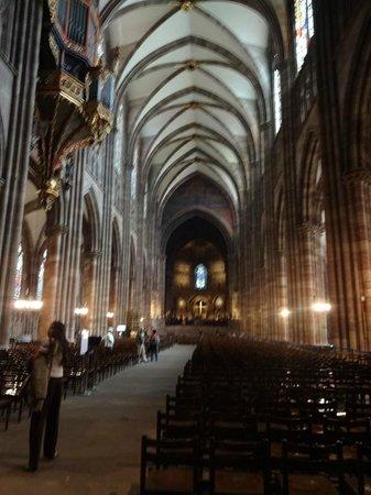 Καθεδρικός Ναός της Παναγίας του Στρασβούργου: Vista interior da Catedral