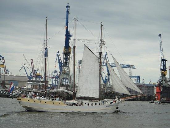 HafenCity: Partly view of Elbe river, Hamburg.