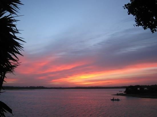 Taprospa Tissa: sunset