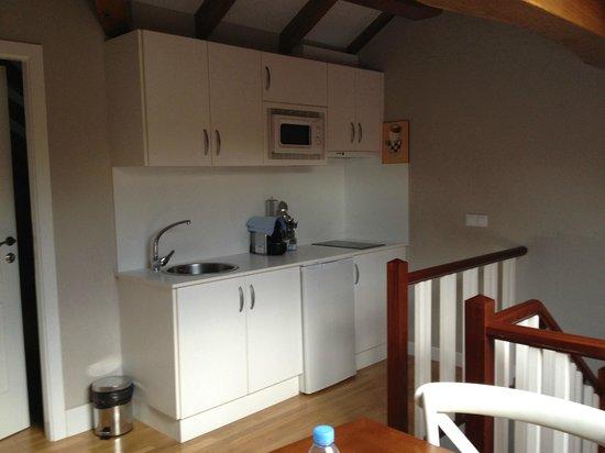 Apartamentos Cruceiro Do Galo : Cocina y comedor