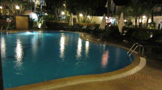 Bamboo Beach Hotel & Spa: Pool