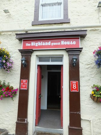 Highland House Hotel: Hotel entrance