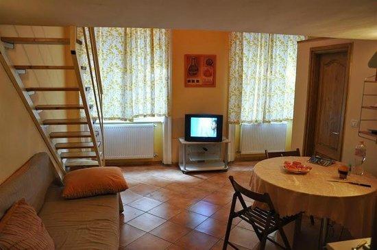 Elvis Guesthouse : Studio on Zichy Jeno
