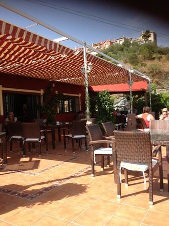 Los Almendros: Beautiful Terrace with Stunning Views !