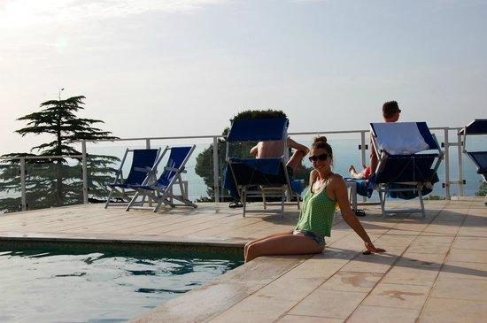 Art Hotel Gran Paradiso: Disfrutando de la pileta, el primer día!