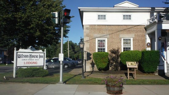 Wilson House Restaurant and Inn