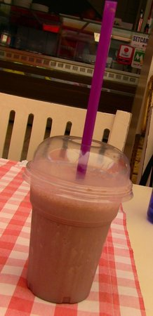 Cabare Restaurant: I loved this chocolate shake!