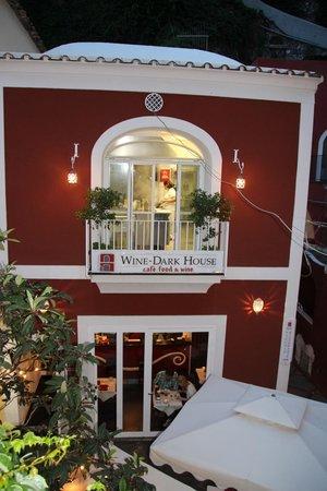 Wine-dark house: upstairs kitchen in full view