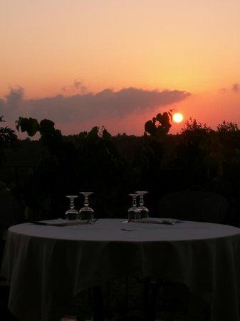 Agriturismo Cerrosughero: aperitivo al tramonto